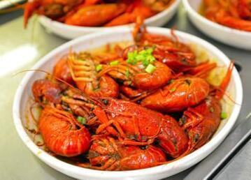 吃龙虾会对人体导致什么伤害呢?