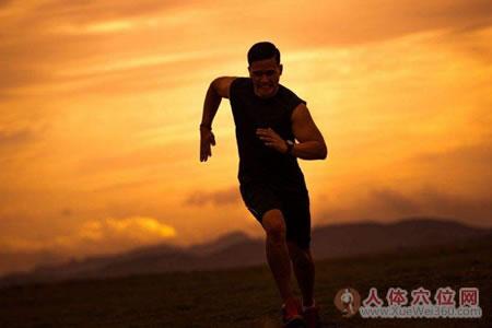 肾气足,身心健--王玉川强肾保健功法
