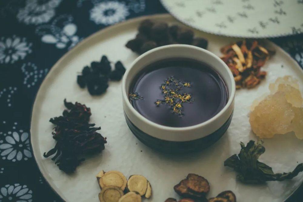 养生当道,快来恰饭茶油炒饭,呵护食客健康