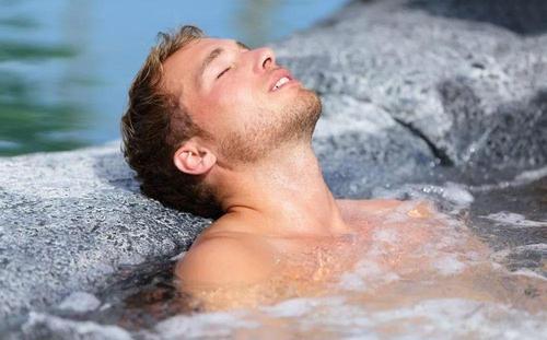 中年男性更应注意身体状况