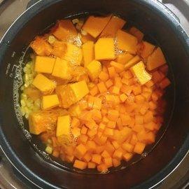胡萝卜南瓜瘦身汤