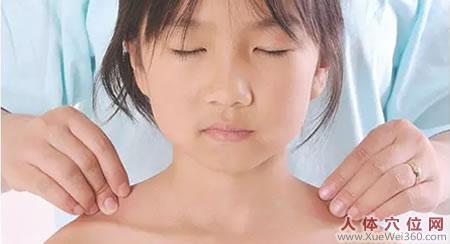 小儿冬天频繁感冒:家庭经络按摩护理,妈妈一学就会